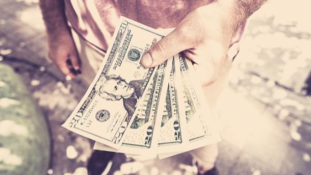 Bezahl dich zuerst - dein Garant, um erfolgreich zu sparen. (Source: Canva)